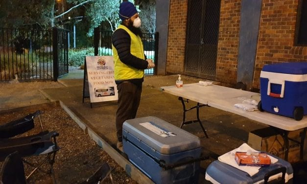 'First Hot Meal': Sikh Volunteers Deliver To Melbourne Tower Lockdown Residents