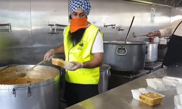 Selfless Sikhs keep on giving: Volunteer group hits 189 consecutive days of making free curries