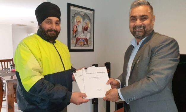 Sikh Volunteers New Factory Site